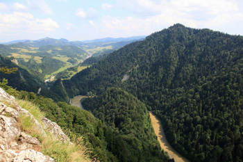 View of the Dunajec River Gap through the Pieniny Mountains, seen from the Sokolica Mountain (2451 feet a.s.l.), (photo by Sebastian R. Bielak)